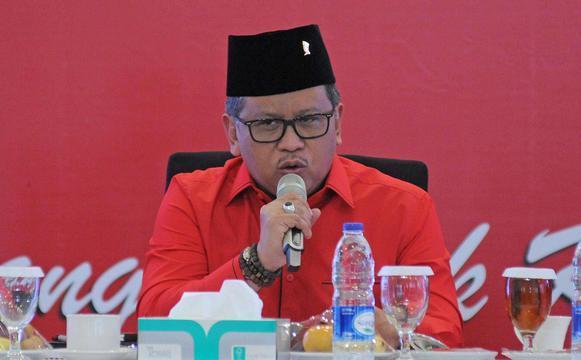 Ditanya Pertemuan Jokowi-Megawati Terkait Reshuffle, Sekjen PDIP Jawab Begini