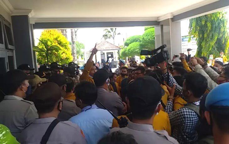 demo mahasiswa Unija
