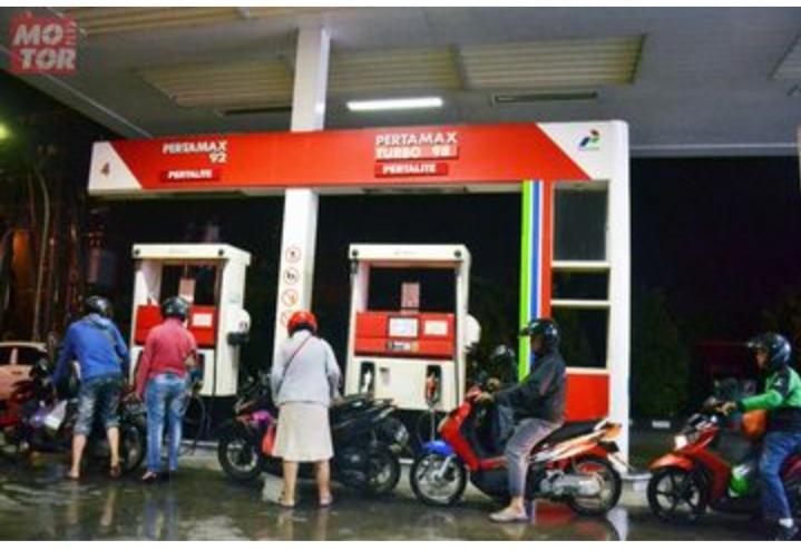 BBM Mengalami Kenaikan di Seluruh Wilayah Indonesia, ini Daftar Harganya